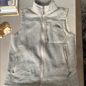 Men's medium vest north face